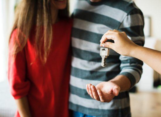 Para otrzymuje klucze do nowego domu